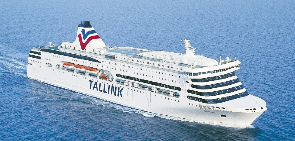 Паром Tallink Romantika.